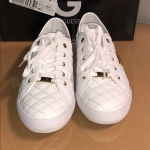 G by Guess 8.5 M Backer2 Sport Casuals